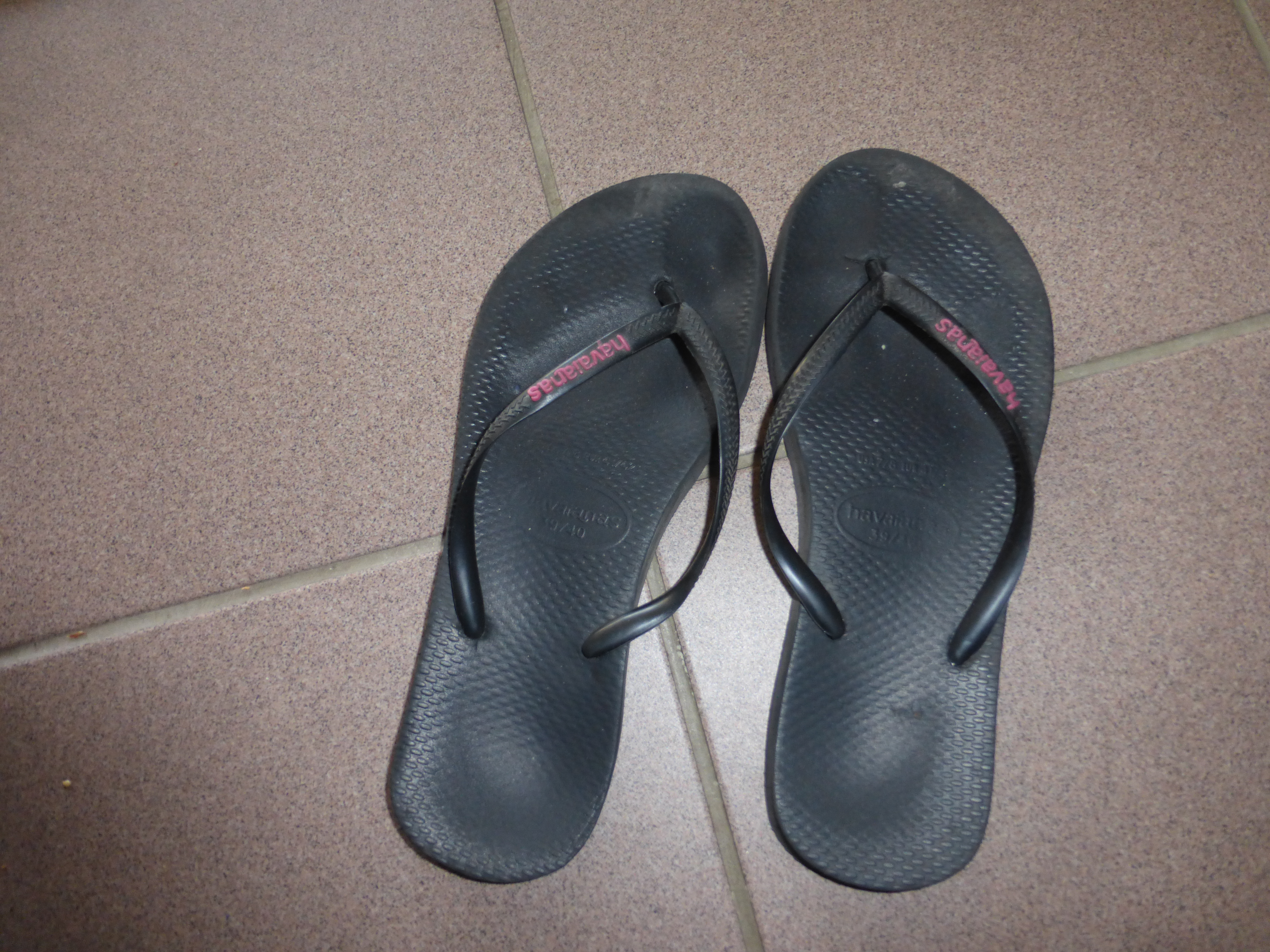 c18e048d7a38dd Flip-Flops – How Many Pairs of Flip-Flops Do You Need to Travel the ...