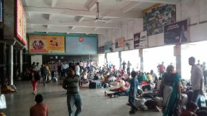 New Delhi´s crazy train station